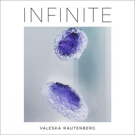 Infinite Valeska Rautenberg