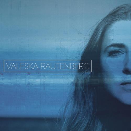 Valeska Rautenberg-Promo Pic with name